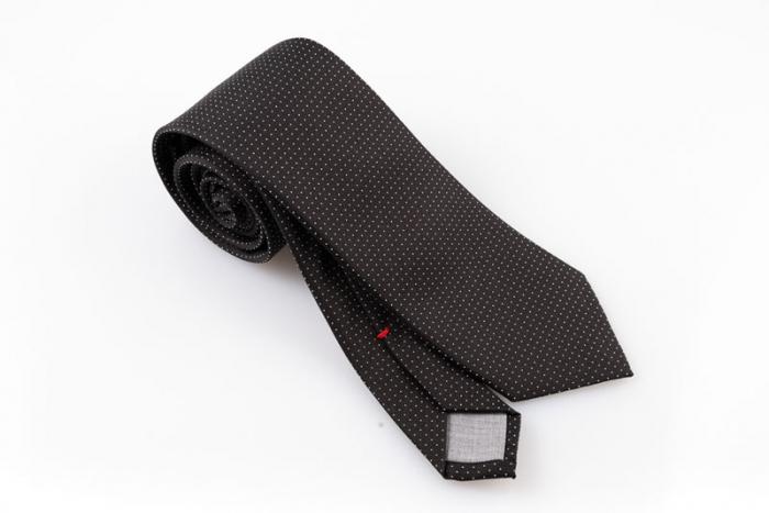 Cravatta artigianale sartoria fatta a mano nera