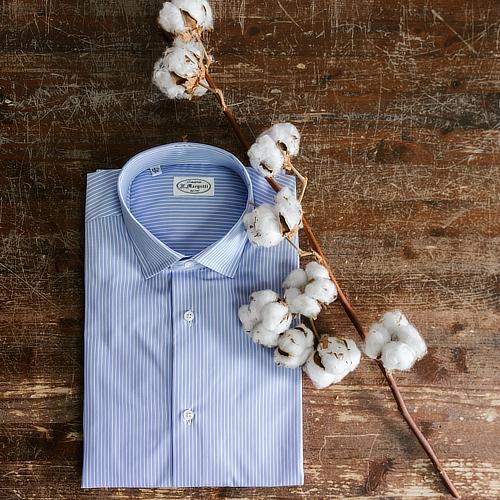 Camicia azzurra righe Thomas Mason con fiore di cotone